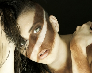 photographie-portrait-neon-makeup-guerre